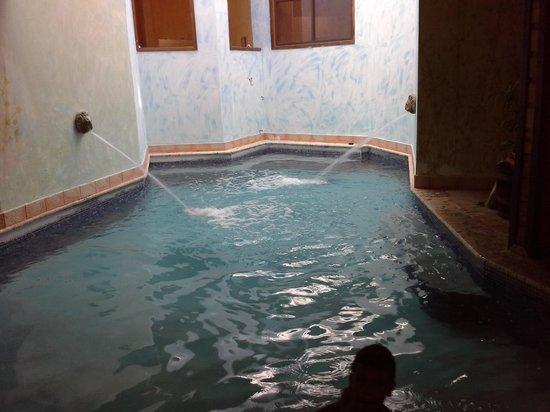 San Sebastian, Puerto Rico: piscina interior