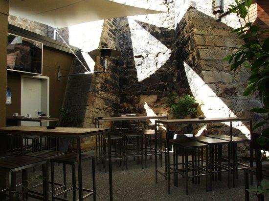 Quarry Salamanca : courtyard at rear