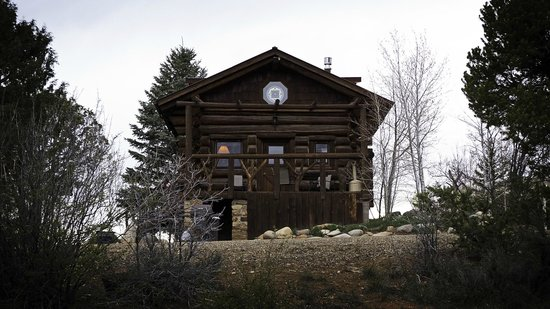 Sundance Bear Lodge: Cabin