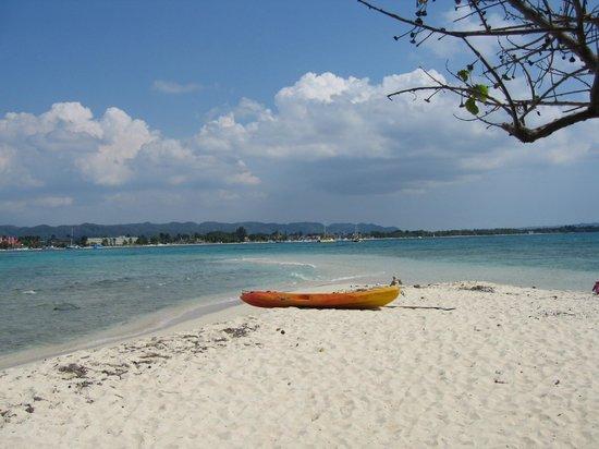 Azul Beach Resort Sensatori Jamaica by Karisma : Booby Cay Island