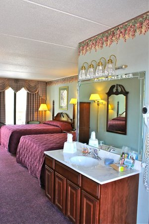 RiverGate Mountain Lodge: Clean Comfy Rooms