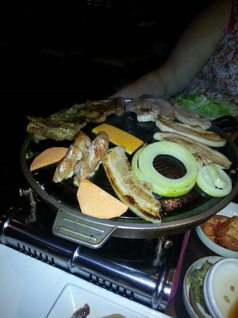 Paju BBQ: Pork, Ribs, Vegies and sausages
