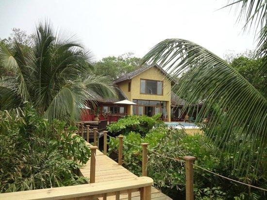 Mayoka Boutique Hotel: Vista del Hotel desde el Deck