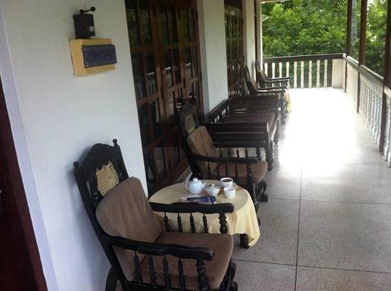 Nuga Eden Villa Tangalle : Balkon
