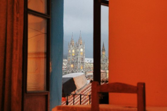 Colonial House Quito: Evening view from our room