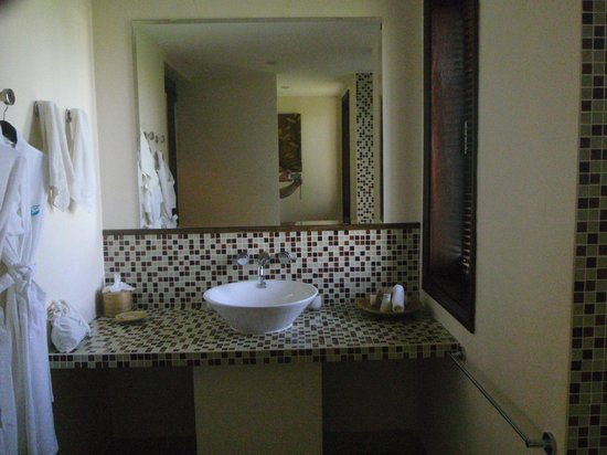 Anantara Hoi An Resort: Our Bathroom