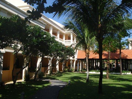 Anantara Hoi An Resort: Resort Gardens