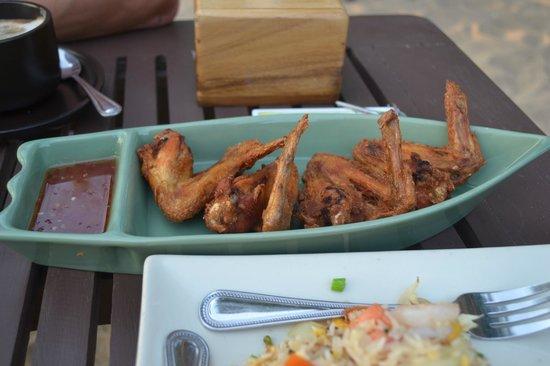 LaLaanta Hideaway Resort: Куриные крылья