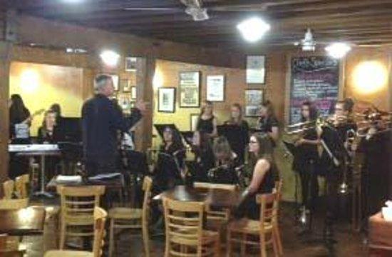 Caffe Belgiorno: Girls instrumental ensemble - wonderful