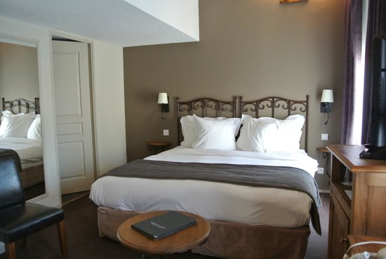 Nice Bedroom Decor Picture Of Hotel De L'Horloge Avignon Awesome Avignon Bedroom Furniture Decor