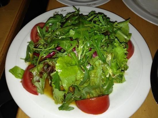 San Leo: mixed green Salada