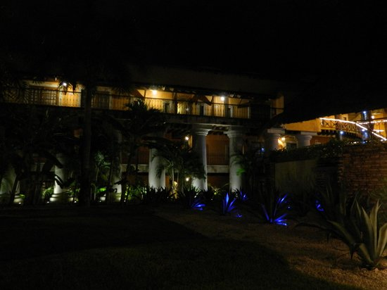 Eurostars Hacienda Vista Real: place at night