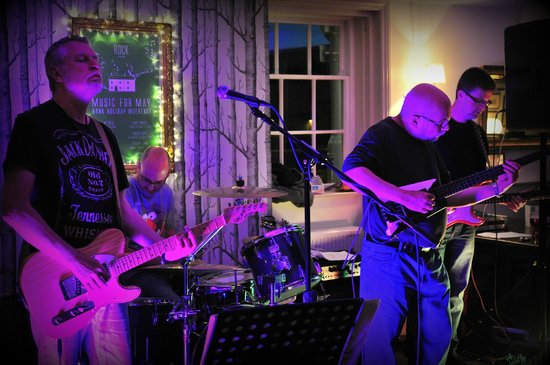 "The Minster Arms: Friday Night at ""Rock"" Wimborne - this was ""Lost At Sea"""