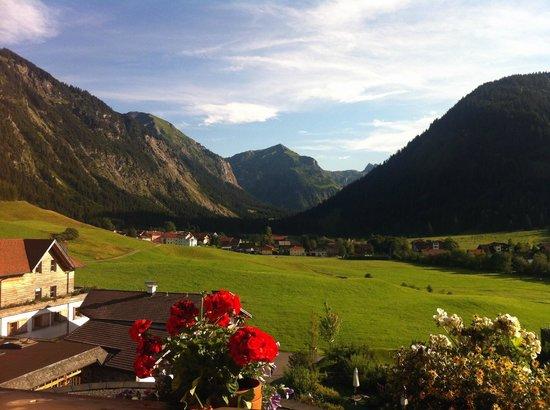 Hotel Jungbrunn - Das Alpine Lifestyle Hotel: Blick aus dem Zimmer