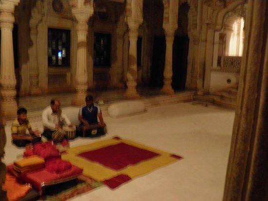 Chhatris: The live devotional music