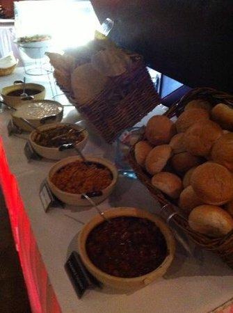 Cinnamon's Restaurant & Bar: buffet