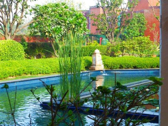 ITC Mughal, Agra: Hotel Grounds