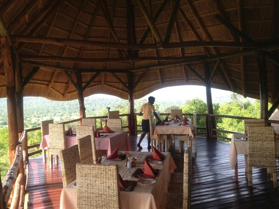 Mburo Safari Lodge: The upper Dinning