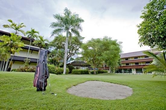 Mini Golf, Hotel Grand Legi Mataram