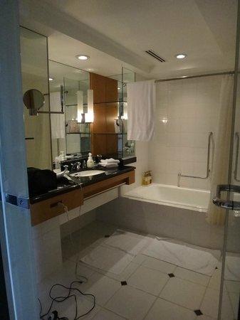 Kanazawa New Grand Hotel: salle de bain