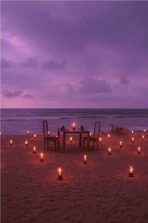 Restaurant at Mermaid Hotel: Romantic Dining on the Beach