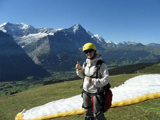 Swiss Paragliding : smile bevor you go