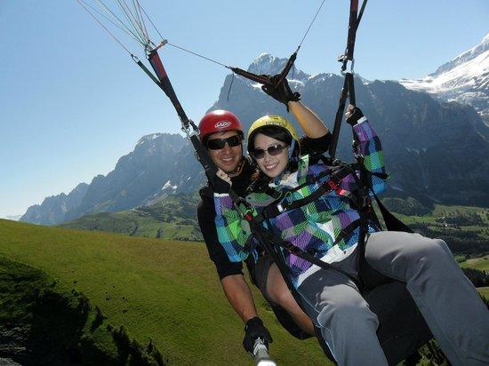 Swiss Paragliding : Joy ride