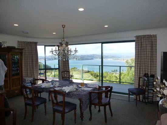 Bayview at 91 Boutique & Lodge 5 Star: Our view over breakfast