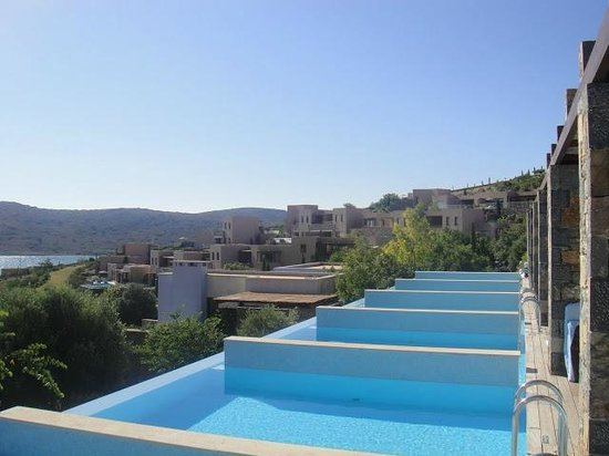 Blue Palace, a Luxury Collection Resort & Spa, Crete: Neighbor rooms' pools