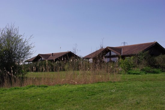 Lower Lakes: Lodges