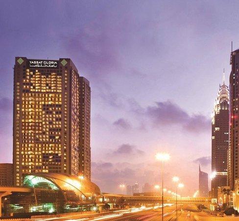 Yassat Gloria Hotel & Apartments
