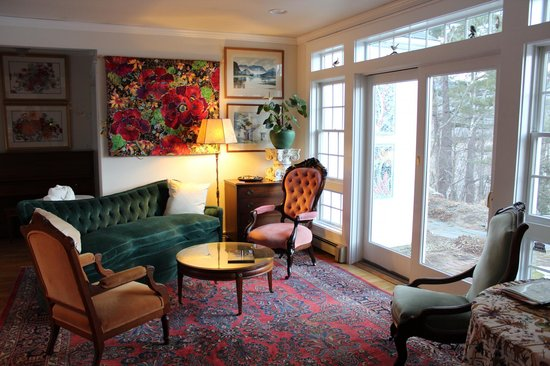 Brookhill Bed and Breakfast: The Suite Quarters