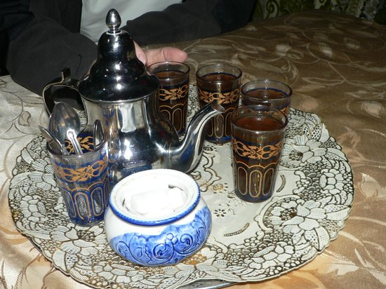 La Colombe Blanche: Welcome in Morroco - have a mint tea