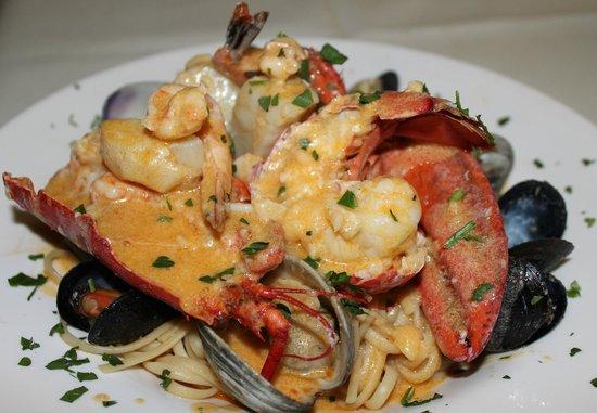 Barcellos Family Restaurant: Seafood Extravaganza
