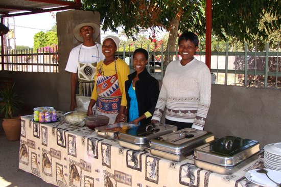 Liya Guest Lodge: Catering Day