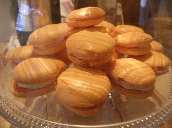 chambres d hôtes bastide lou pantail- gourmandise de macaron