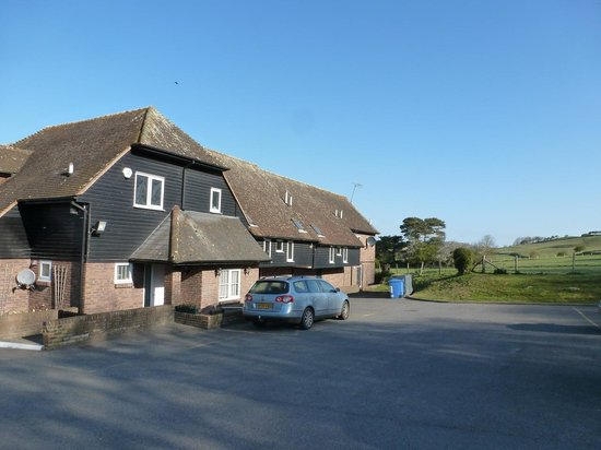 The Lodge at Winchelsea: Exterior