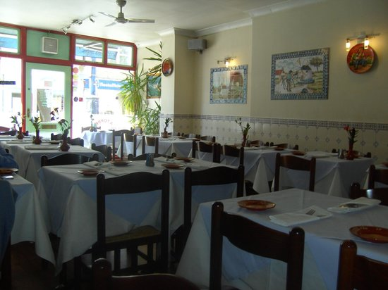 A Torre: The lovely interior! Plenty room for more than 40 diners. Xx