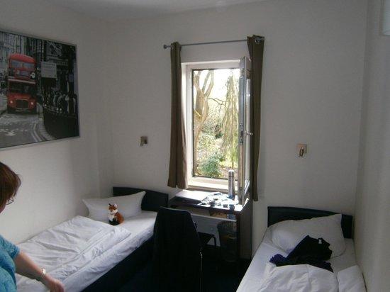 Arcade-Hostel: Blick in Zimmer Nr. 12
