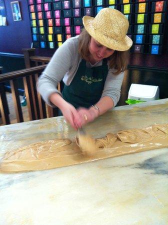 Fudge Kitchen : Fudge Experience