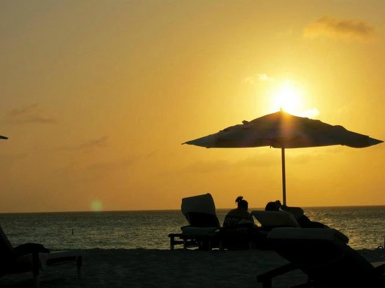 Bucuti & Tara Beach Resort Aruba : sunset on the beach
