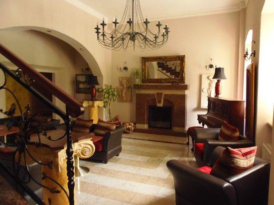 Hotel Palac Izbicko : Hall