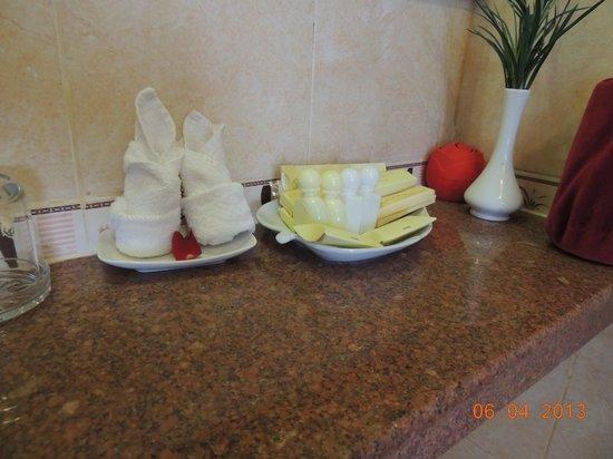 Hue Holiday Hotel : ванна