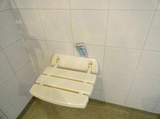 Residence la Closeraie: bathroom & used shower gel