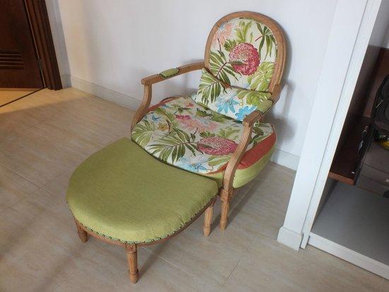 Villa Aria Muine: Кресло в номере