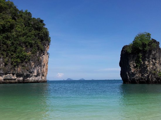 Andaman Leisure Phuket Co., Ltd.: Picturesque Hong Island