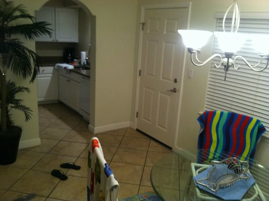 Barefoot Beach Resort: Dining room
