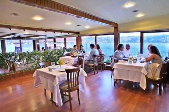 Kanlica Yakamoz Restaurant