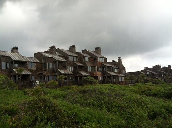 Kiawah Island Golf Resort: Villa view from beach