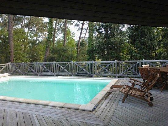 """Madame Vacances Villas La Clairiere aux Chevreuils: Notre Terrasse. Le nom """"Clairière [...]"""" est vraiment justifié."""